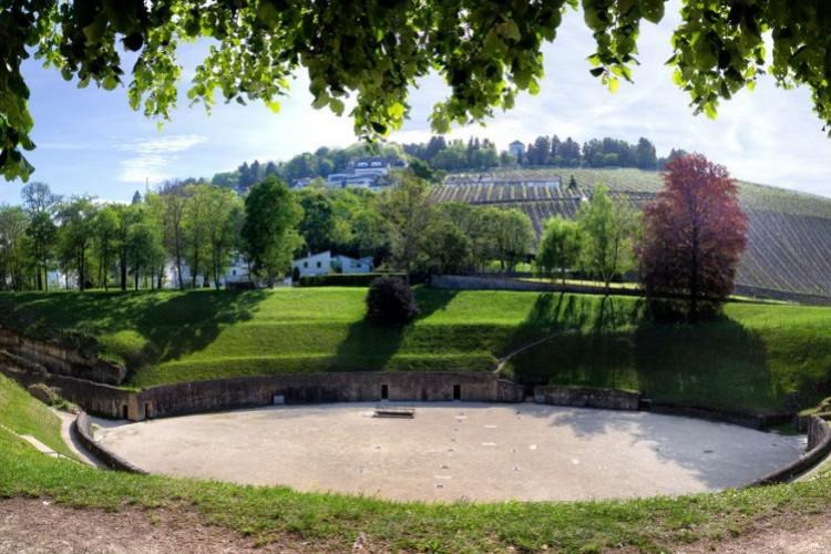 L'amphithéâtre  (© Walter Baumeister)