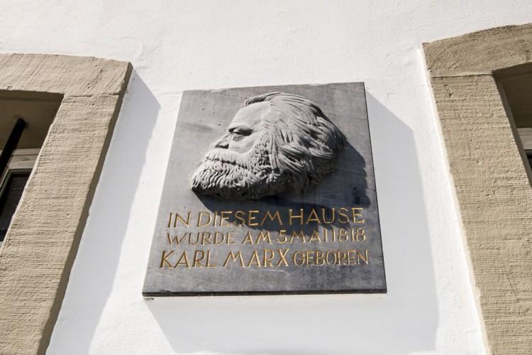 Detailaufnahme Karl Marx Haus