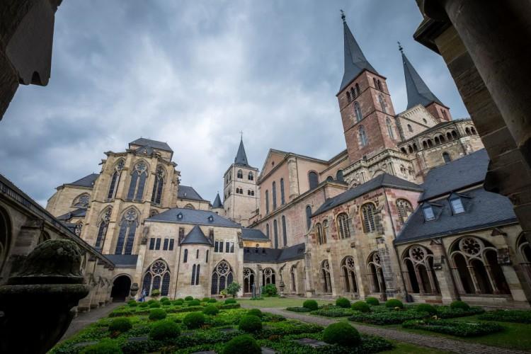 Trier Cathedral (© Herbert Schroyen)