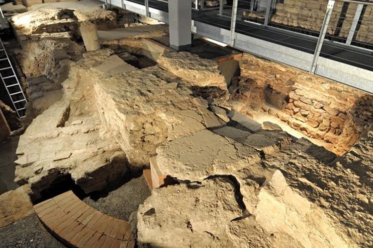 Ausgrabungen unter der Dom-Information - © Rita Heyen
