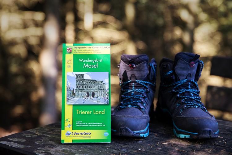 Hiking maps