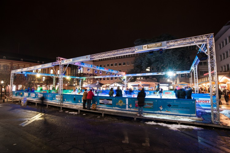 Ice Skating - Winterland Trier