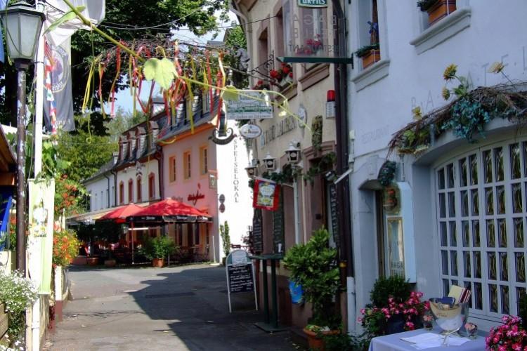 Trierische Tour:  vun der Poarta noa Zalawen