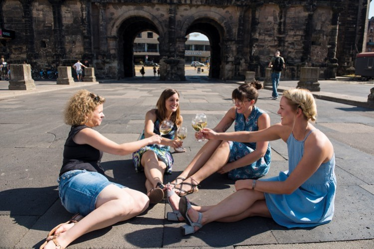 Sortir entre amis : Romains et riesling