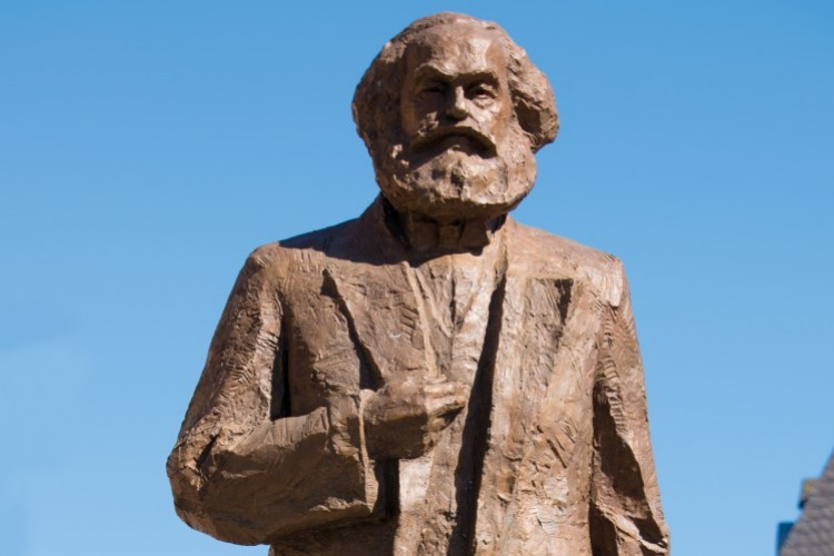 Statue of Karl Marx in Trier - © ttm