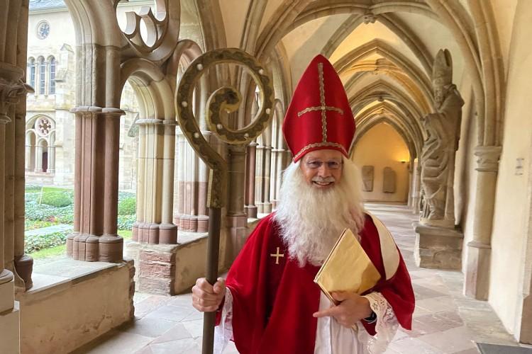 Der Nikolaus in der Porta Nigra