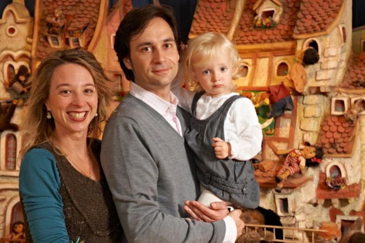 Familie im Spielzeugmuseum (© Yaph)