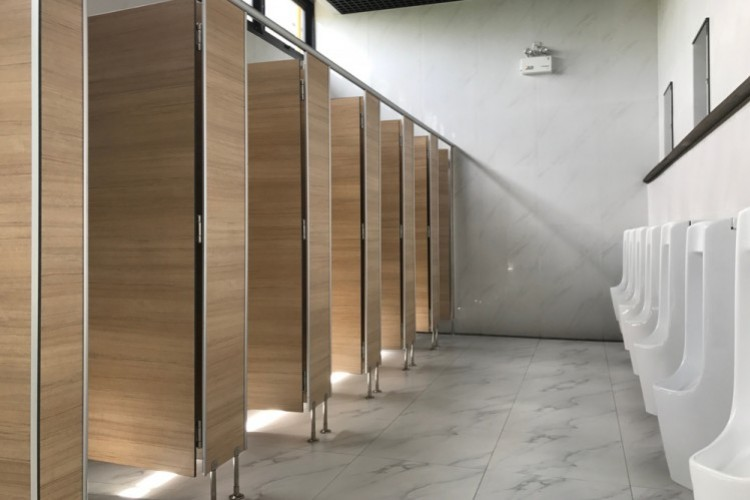 Sonstige Toiletten (nicht behindertengerecht)