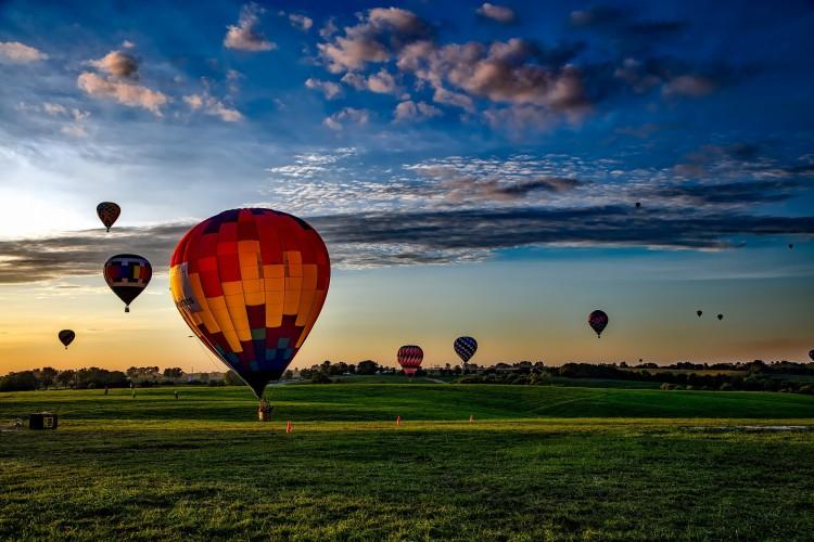 Heißluftballons - © 12019/pixabay.com
