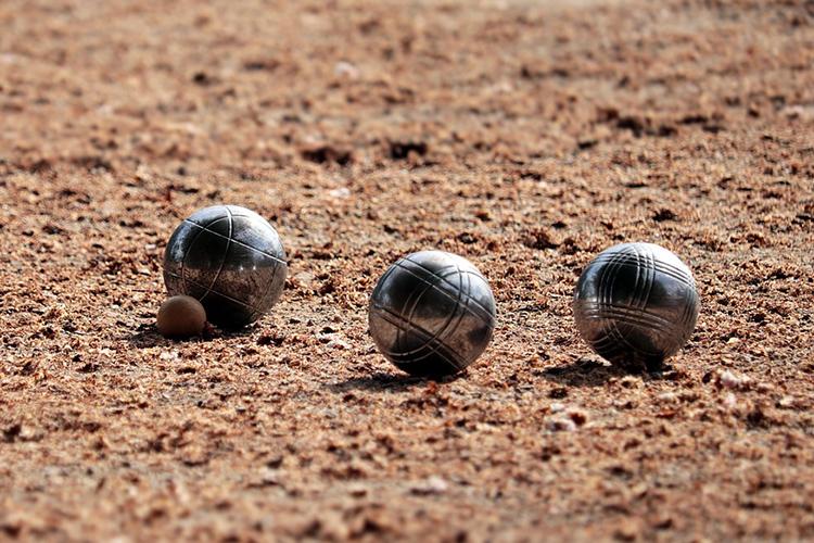 Boules - © pixel2013/pixabay.com