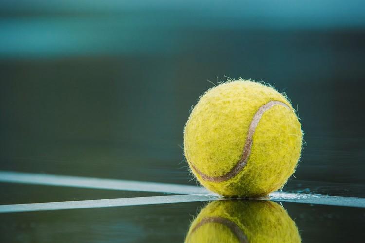 Tennisball (© Todd Trapani/pixabay.com)