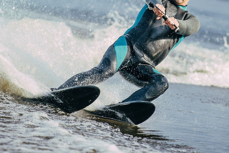 Wasserski (© sportpoint/shutterstock.com)