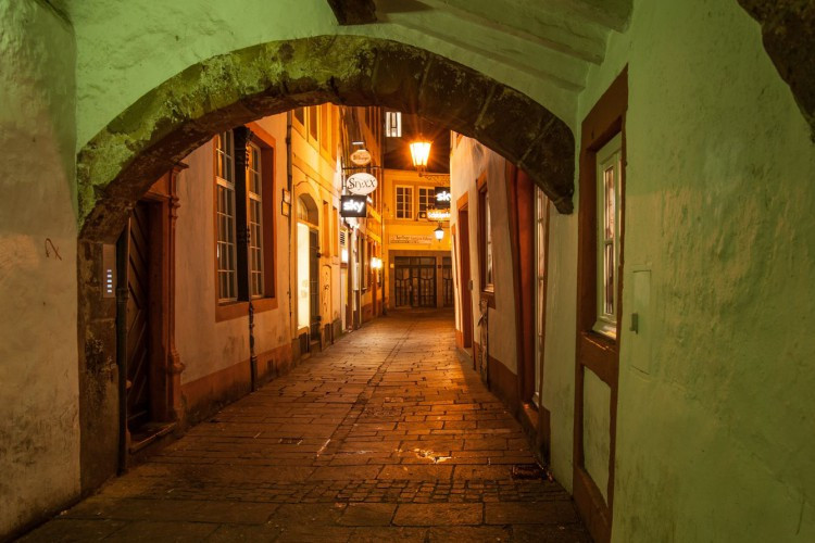 Jew's Alley by Night