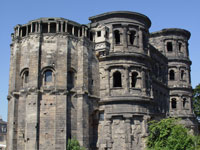 tl_files/images/arrangements/porta_nigra.jpg