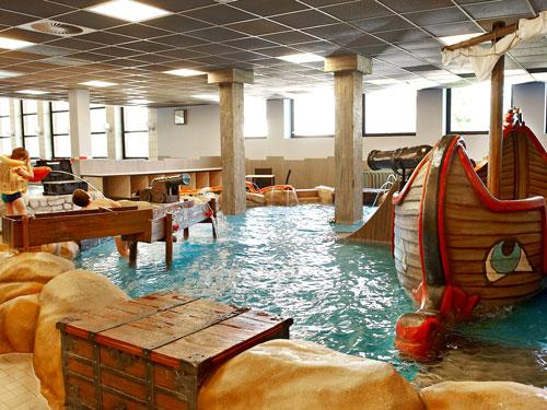 tourist information trier swimming pools. Black Bedroom Furniture Sets. Home Design Ideas