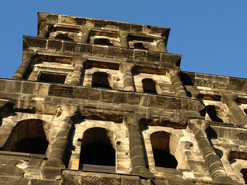Tourist Information Trier Porta Nigra Info